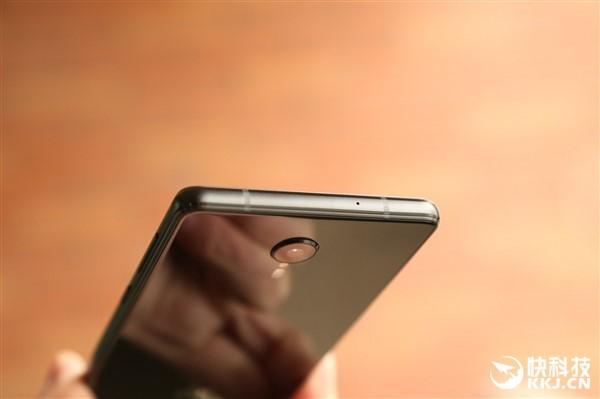 Lenovo ZUK Edge ra mắt: đẹp hơn cả Mi MIX ảnh 10