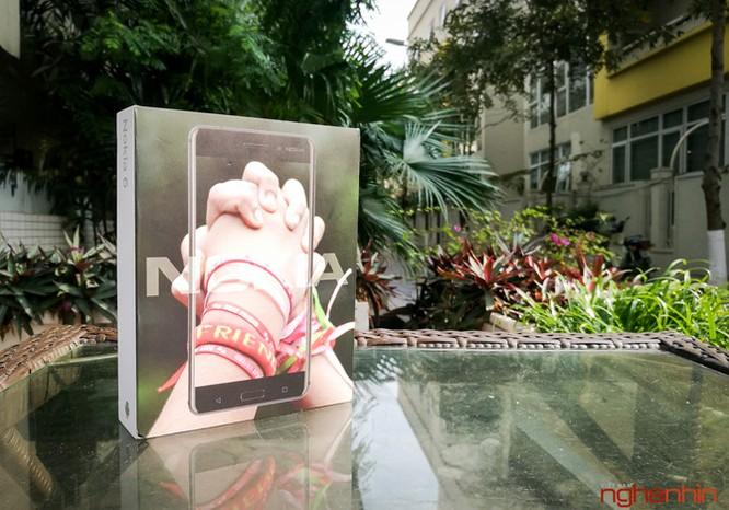 Xem kỹ chiếc Nokia 6 đầu tiên xách tay về Việt Nam ảnh 1