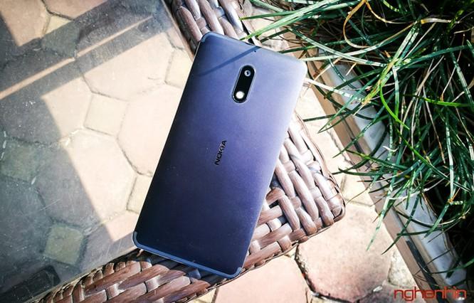 Xem kỹ chiếc Nokia 6 đầu tiên xách tay về Việt Nam ảnh 6