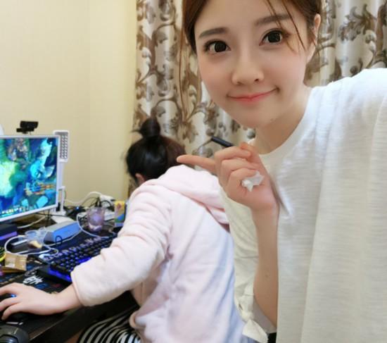 Gặp gỡ nữ streamer kiếm được nhiều tiền nhất Trung Quốc, thu nhập 33 tỷ VNĐ/năm ảnh 3
