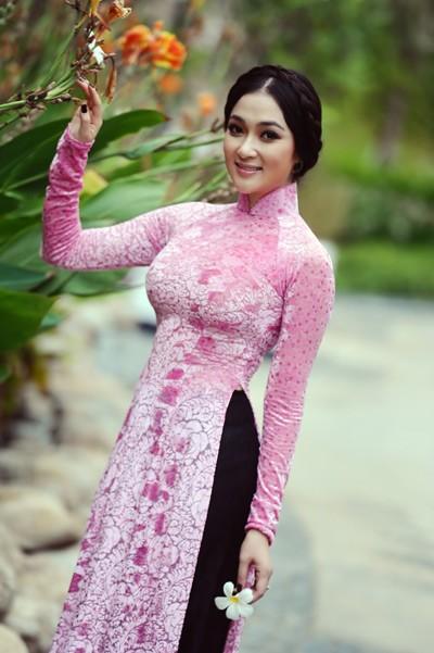 """10 Hoa hậu """"tri thức"""" của nhan sắc Việt ảnh 6"""