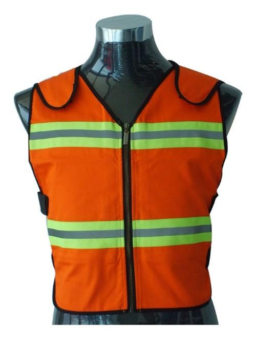 Áo điều hòa, áo chống nắng tiền triệu bung hàng tới tấp ảnh 8