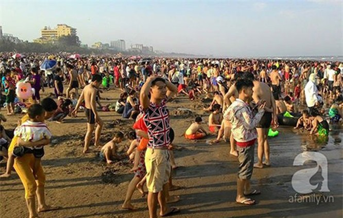 Người Việt đi du lịch hay hành xác? ảnh 1