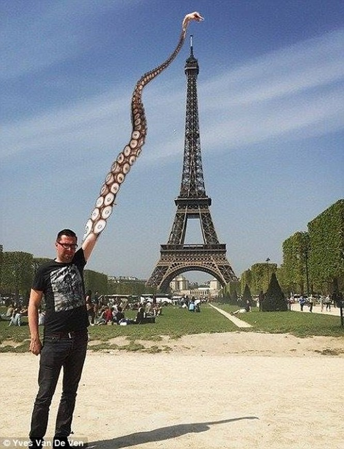 """""""Chết cười"""" với ảnh chế cùng tháp Eiffel của cư dân mạng ảnh 5"""