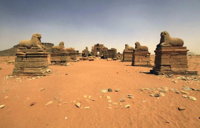 """Độc đáo quần thể kim tự tháp """"bị lãng quên"""" ở Sudan ảnh 6"""