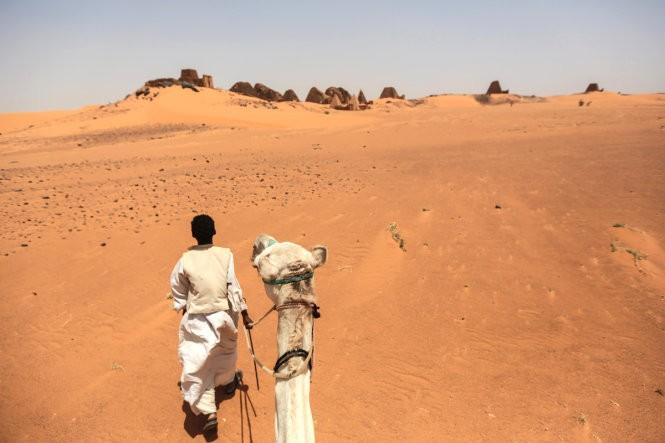 """Độc đáo quần thể kim tự tháp """"bị lãng quên"""" ở Sudan ảnh 12"""