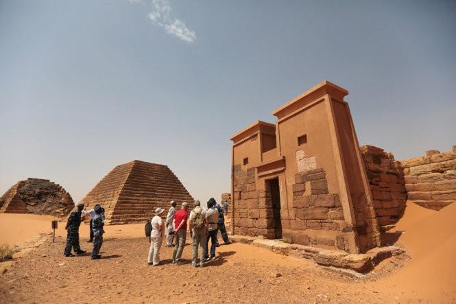 """Độc đáo quần thể kim tự tháp """"bị lãng quên"""" ở Sudan ảnh 9"""