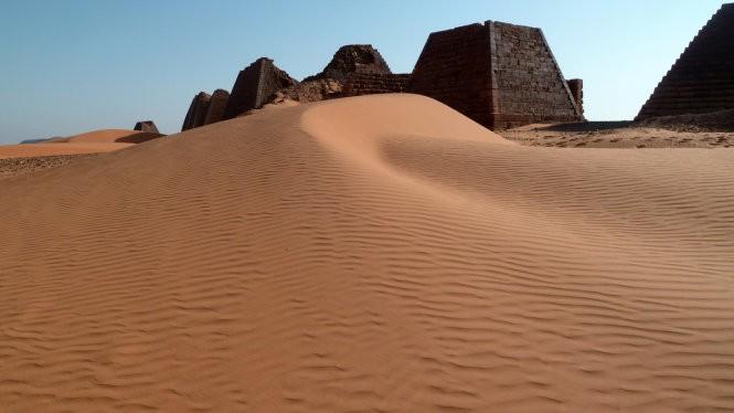 """Độc đáo quần thể kim tự tháp """"bị lãng quên"""" ở Sudan ảnh 7"""