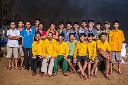 150 porter theo hãng truyền hình ABC vào hang Sơn Đoòng để làm gì? ảnh 6