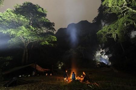 """Vì sao du khách phải """"xếp hàng"""" đến 2016 để khám phá Sơn Đoòng? ảnh 5"""