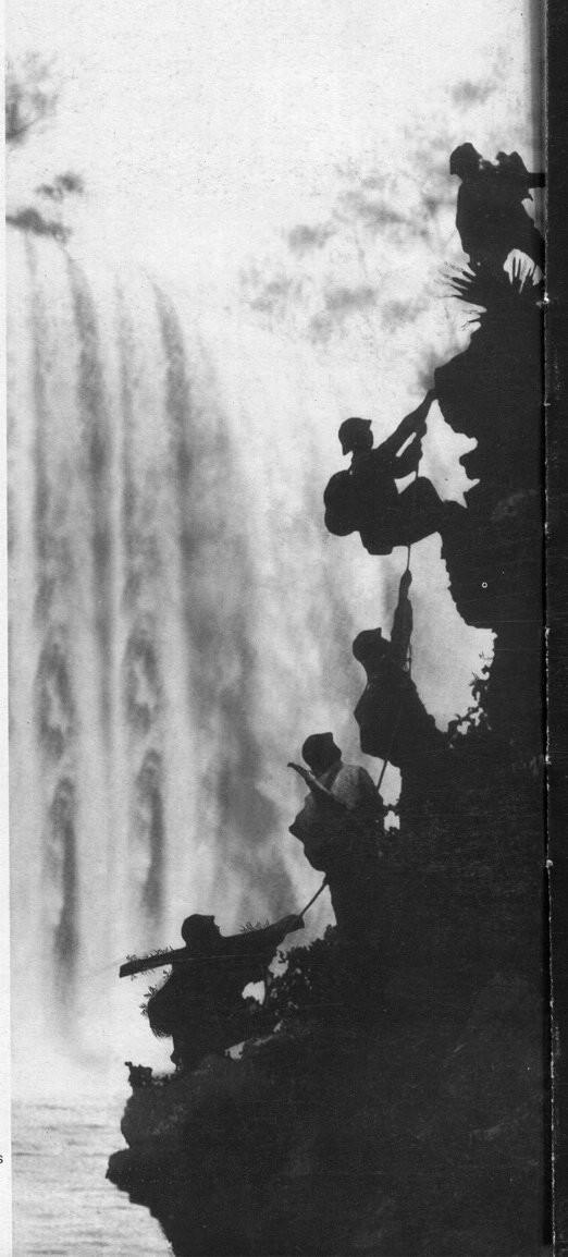 Bức ảnh chiến trường Việt Nam nổi tiếng gây tranh cãi ảnh 2
