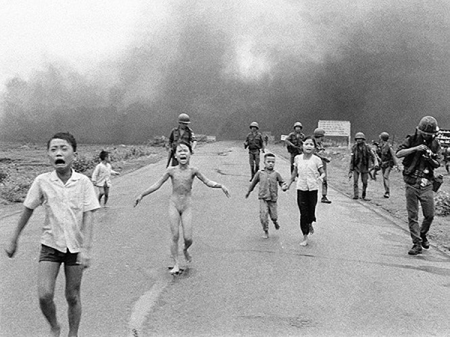 Những bức ảnh báo chí gây tranh cãi nhất mọi thời đại ảnh 4