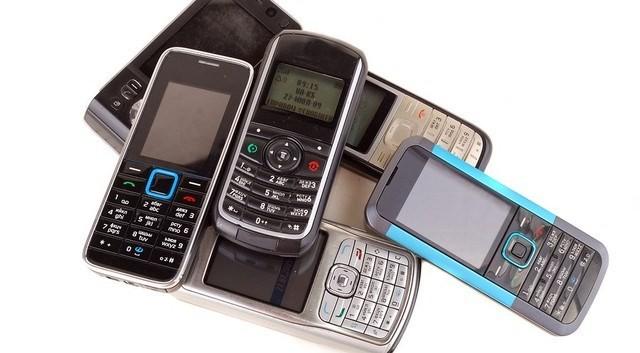 Đi tìm chiếc điện thoại rẻ nhất Việt Nam? ảnh 2