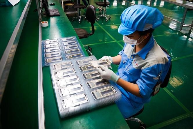 Nhà máy sản xuất Bphone của BKAV lên báo Mỹ ảnh 1