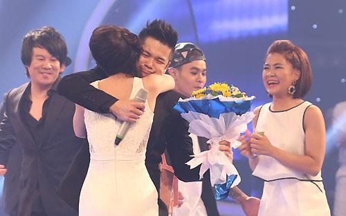Trọng Hiếu đoạt quán quân Vietnam Idol 2015 ảnh 2