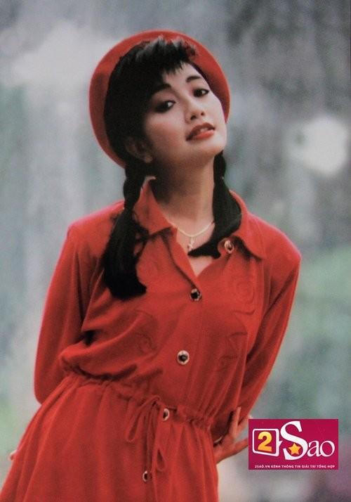 Bí ẩn về Hoa hậu Việt Nam bỏ showbiz vì bị đồn nhiễm HIV ảnh 1