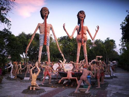 Bảo tàng 'của quý' ở Iceland và vườn địa ngục ở Thái Lan ảnh 1