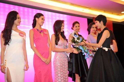 Lộ diện 35 người đẹp vào bán kết Hoa hậu Hoàn vũ Việt Nam 2015 ảnh 5