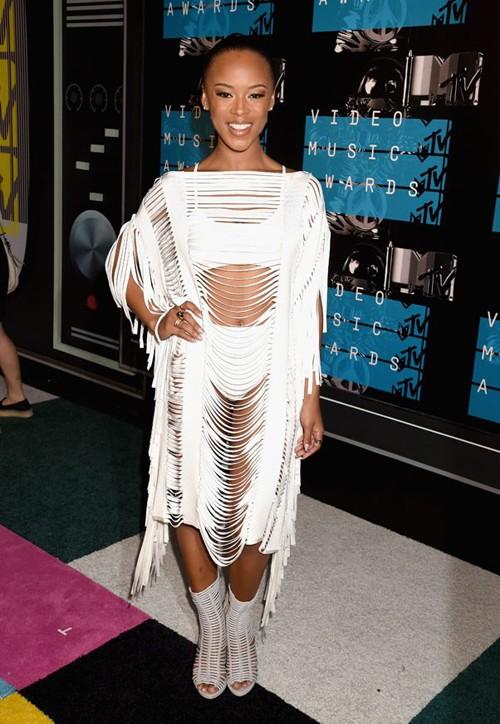 Choáng với trang phục dị hợm của dàn sao Mỹ tại giải MTV Video Music 2015 ảnh 2