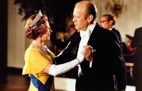 Câu chuyện ít biết về cuộc gặp gỡ giữa nữ hoàng Anh và 12 đời tổng thống Mỹ ảnh 7