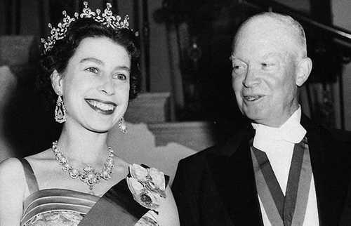 Câu chuyện ít biết về cuộc gặp gỡ giữa nữ hoàng Anh và 12 đời tổng thống Mỹ ảnh 10