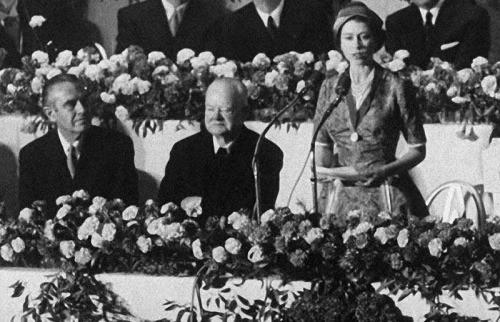 Câu chuyện ít biết về cuộc gặp gỡ giữa nữ hoàng Anh và 12 đời tổng thống Mỹ ảnh 12