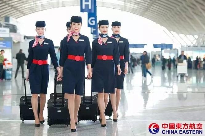 Những nữ tiếp viên hàng không xinh đẹp nhất thế giới ảnh 12