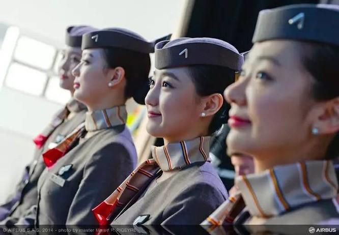 Những nữ tiếp viên hàng không xinh đẹp nhất thế giới ảnh 20