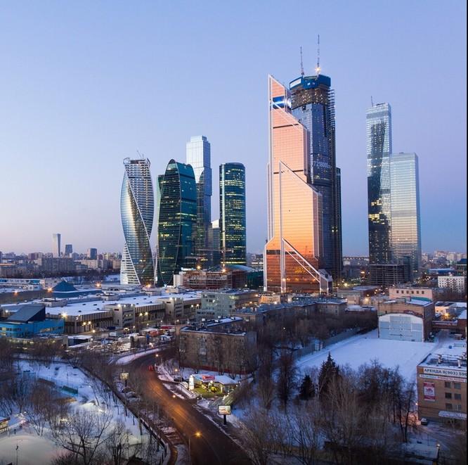Đứng tim với chùm ảnh chụp từ độ cao 156m của chàng trai người Nga ảnh 20