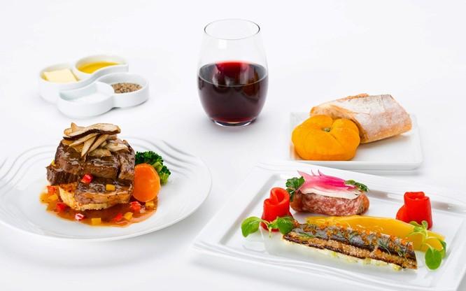 10 hãng hàng không có đồ ăn ngon nhất thế giới ảnh 5
