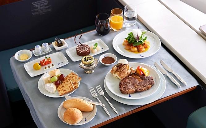 10 hãng hàng không có đồ ăn ngon nhất thế giới ảnh 6