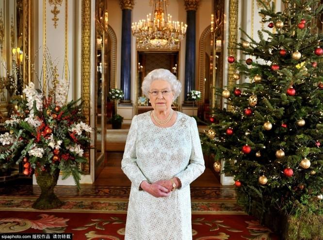 Chiêm ngưỡng cuộc sống xa hoa trong cung điện Buckingham ảnh 7