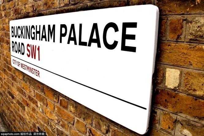 Chiêm ngưỡng cuộc sống xa hoa trong cung điện Buckingham ảnh 14