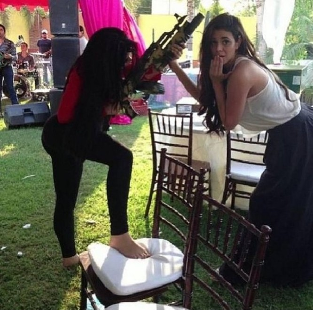 Cuộc sống trác táng của kiều nữ xã hội đen xinh đẹp, khét tiếng ảnh 5