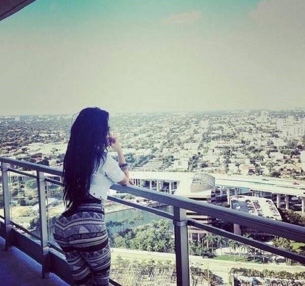 Cuộc sống trác táng của kiều nữ xã hội đen xinh đẹp, khét tiếng ảnh 9