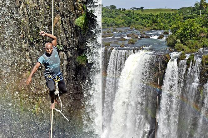 Đứng tim với chùm ảnh đi trên dây thép qua thác nước của chàng trai Brazil ảnh 4