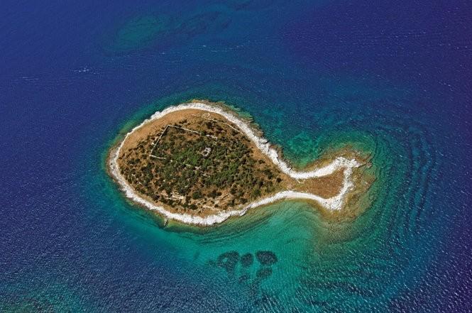 12 hòn đảo có hình thù kỳ lạ nhất thế giới ảnh 10