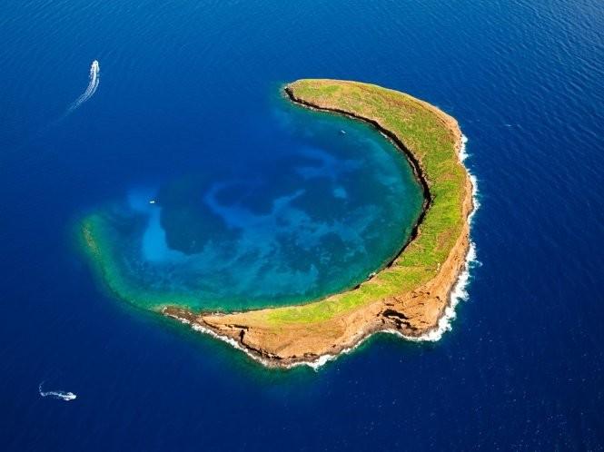 12 hòn đảo có hình thù kỳ lạ nhất thế giới ảnh 7