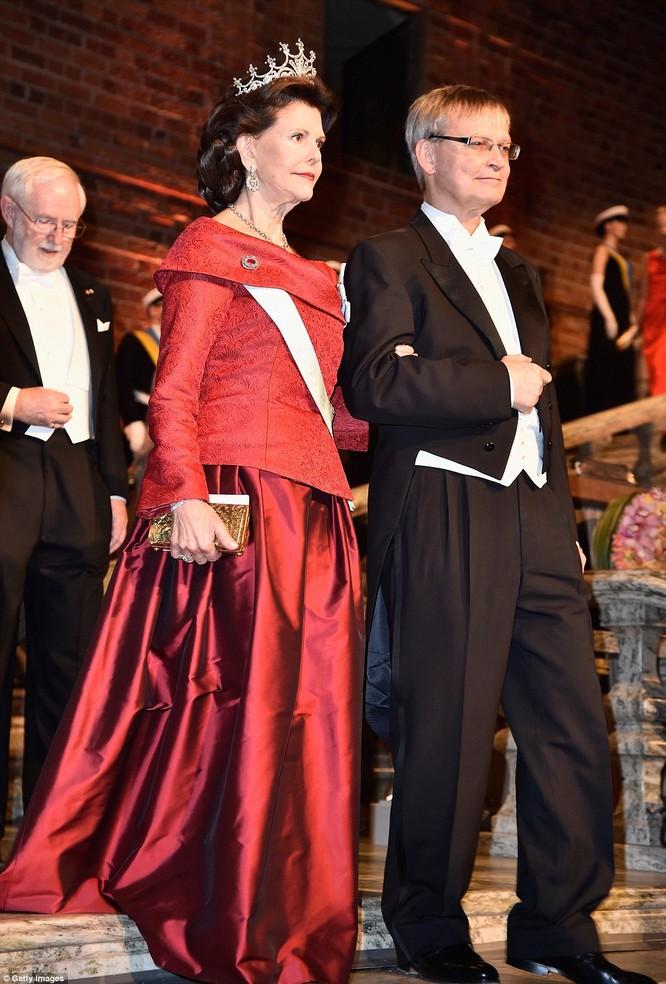 Lộng lẫy tiệc tối Nobel 2015 với 1.300 khách mời siêu VIP ảnh 3