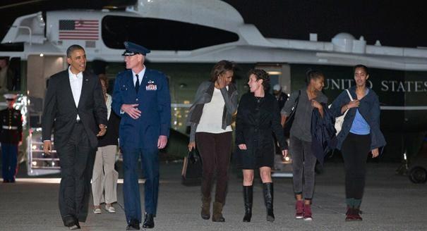 Gia đình tổng thống Obama chi bao nhiêu tiền cho kỳ nghỉ Noel? ảnh 3