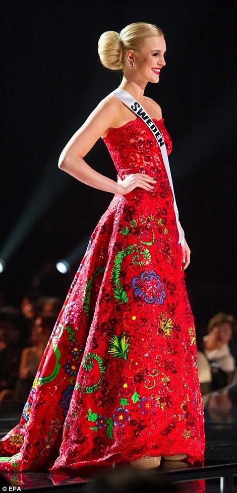 Mãn nhãn với đường cong của 81 người đẹp tham gia Hoa hậu Hoàn vũ 2015 ảnh 21