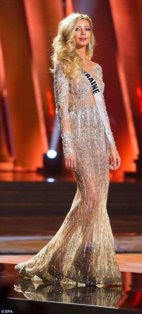 Mãn nhãn với đường cong của 81 người đẹp tham gia Hoa hậu Hoàn vũ 2015 ảnh 22