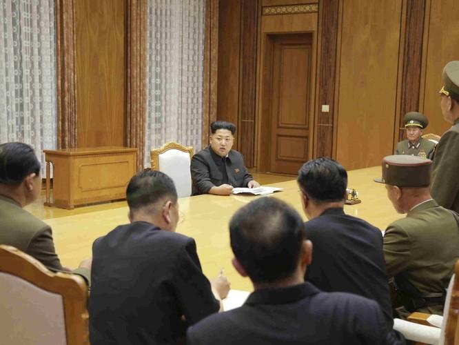 """Triều Tiên thách """"người đỡ đầu"""" Trung Quốc: Không cần viện trợ! ảnh 2"""