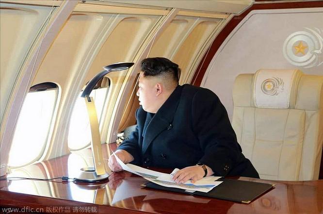Obama làm đầu bếp, Kim Jong Un đáp chuyên cơ thị sát, bà Merkel chụp ảnh selfie ảnh 4