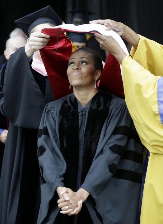 Obama làm đầu bếp, Kim Jong Un đáp chuyên cơ thị sát, bà Merkel chụp ảnh selfie ảnh 9