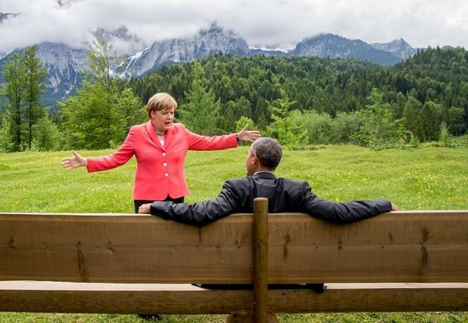 Obama làm đầu bếp, Kim Jong Un đáp chuyên cơ thị sát, bà Merkel chụp ảnh selfie ảnh 10