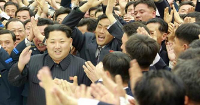 Kim Jong Un mở đại tiệc mừng phóng vệ tinh thành công ảnh 10