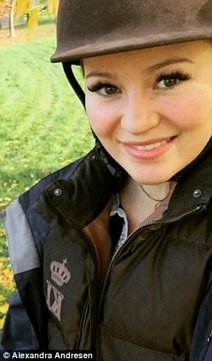 Nữ tỷ phú trẻ xinh đẹp nhất thế giới ảnh 6