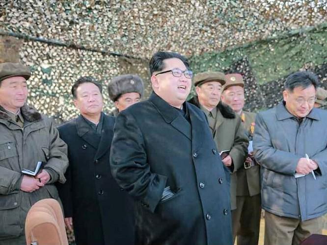 """Vì sao Triều Tiên vẫn """"sống khỏe"""" bất chấp trừng phạt, cấm vận? ảnh 2"""