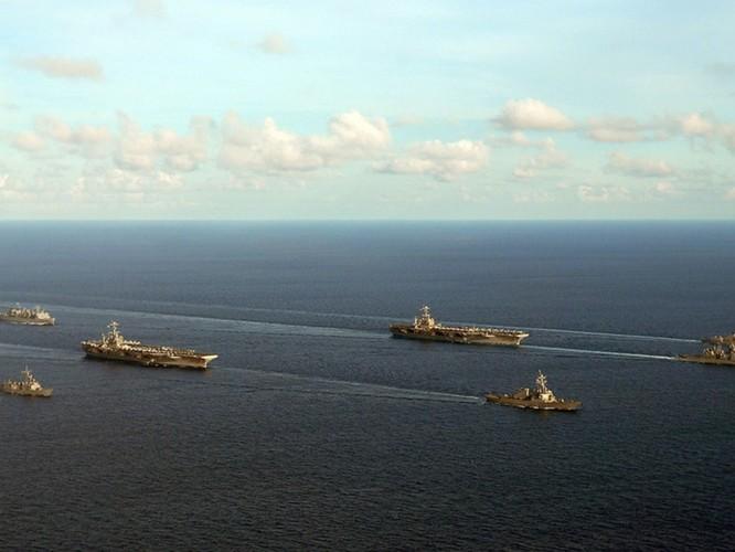 """Mỹ dàn trận Biển Đông, vì sao Trung Quốc luôn """"ngậm bồ hòn làm ngọt""""? ảnh 1"""